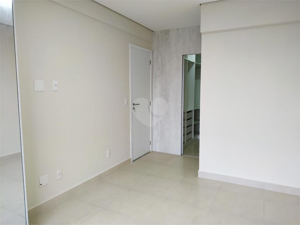 Venda Apartamento Santos Campo Grande REO539492 11