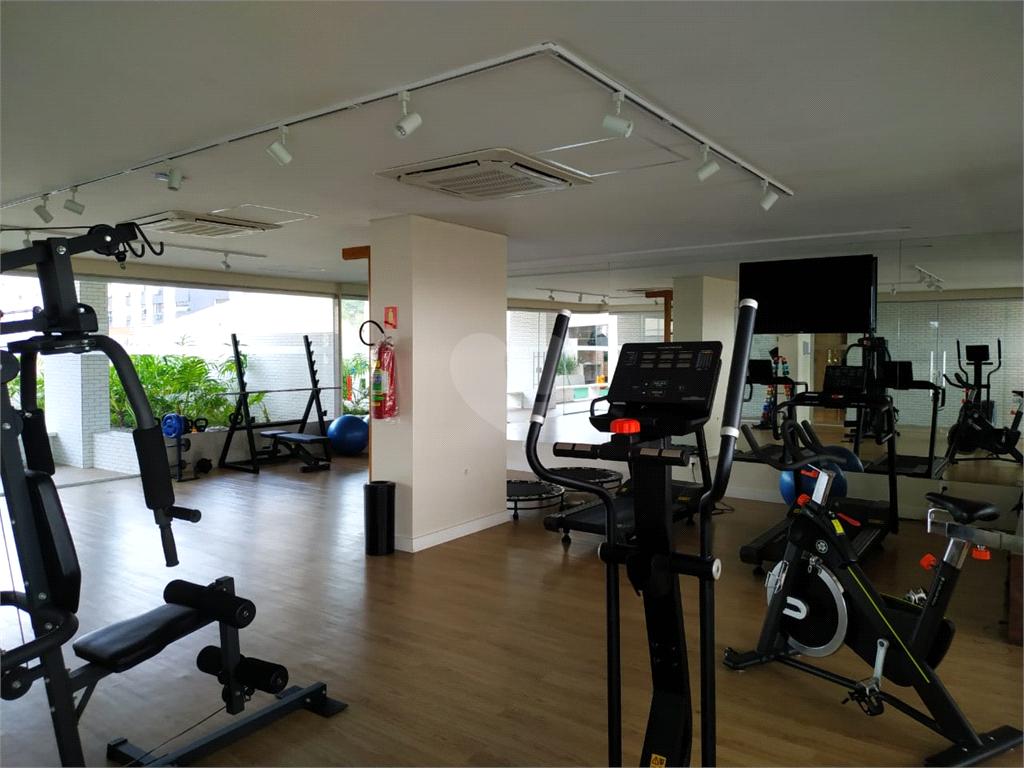Venda Apartamento Santos Campo Grande REO539492 5