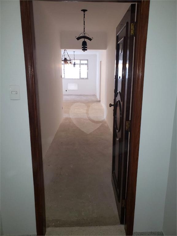 Venda Apartamento Santos Campo Grande REO540937 6