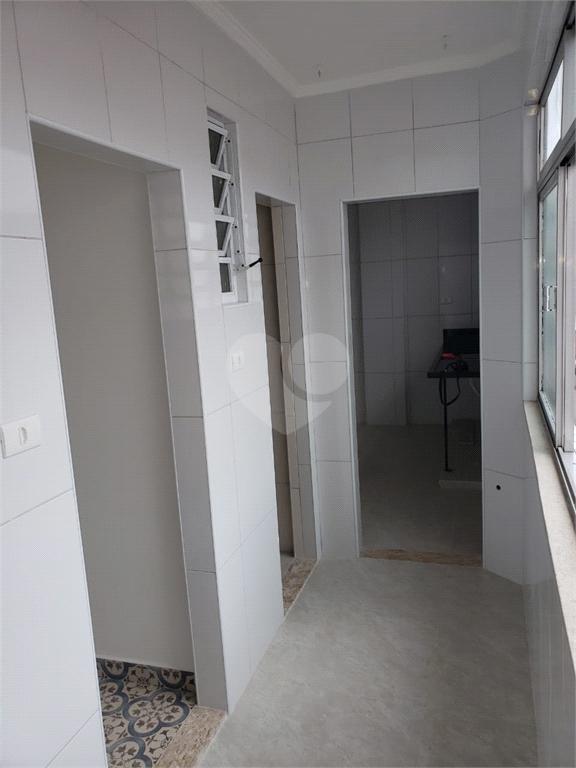Venda Apartamento Santos Campo Grande REO540937 30