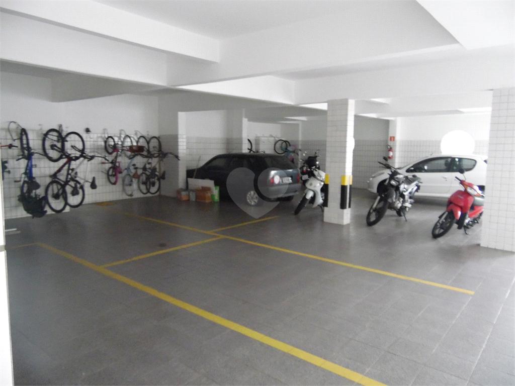 Venda Apartamento Santos Campo Grande REO540937 35