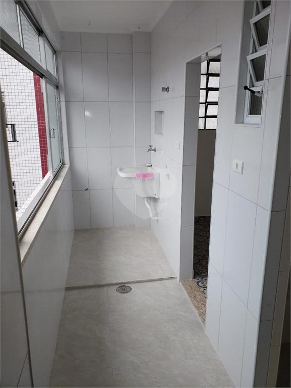 Venda Apartamento Santos Campo Grande REO540937 24