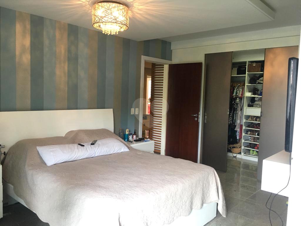 Venda Apartamento Vitória Praia Do Canto REO541649 3