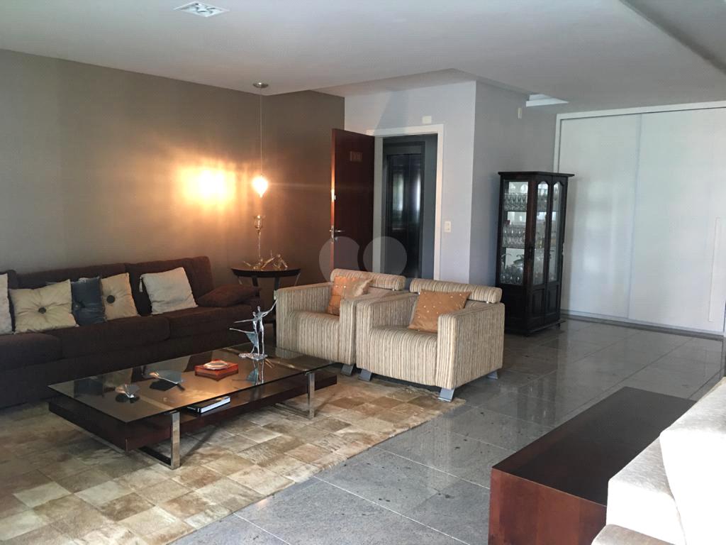 Venda Apartamento Vitória Praia Do Canto REO541649 2