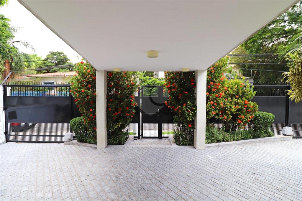 Venda Casa São Paulo Pacaembu REO554254 37
