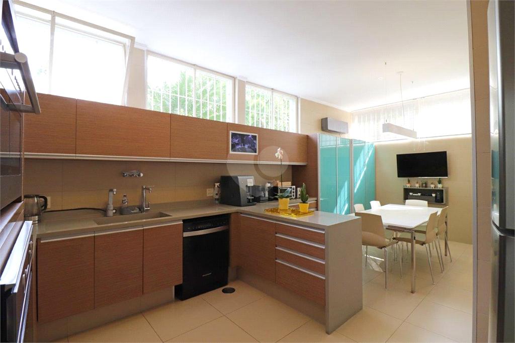 Venda Casa São Paulo Pacaembu REO554254 14