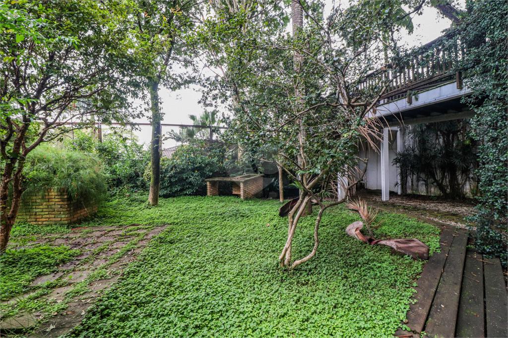 Venda Casa São Paulo Pacaembu REO560627 24
