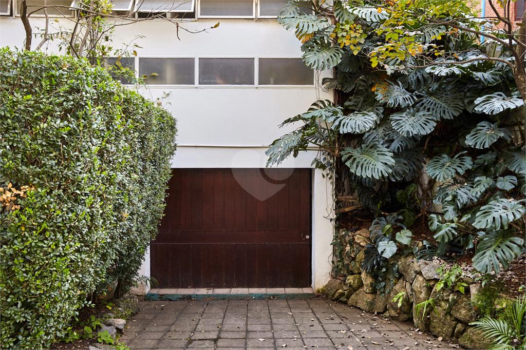 Venda Casa São Paulo Pacaembu REO560627 14