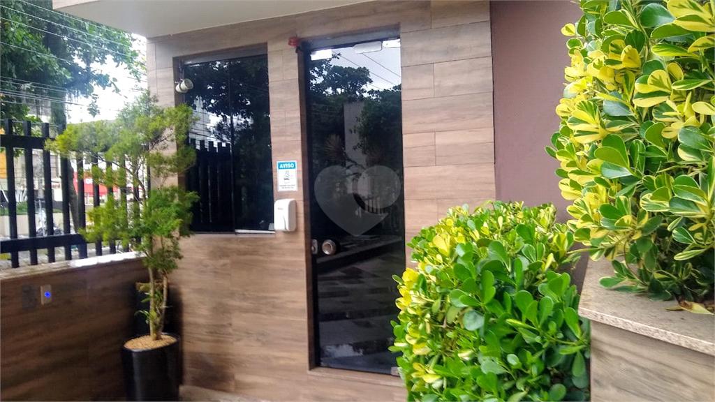Venda Apartamento Santos Gonzaga REO565526 29