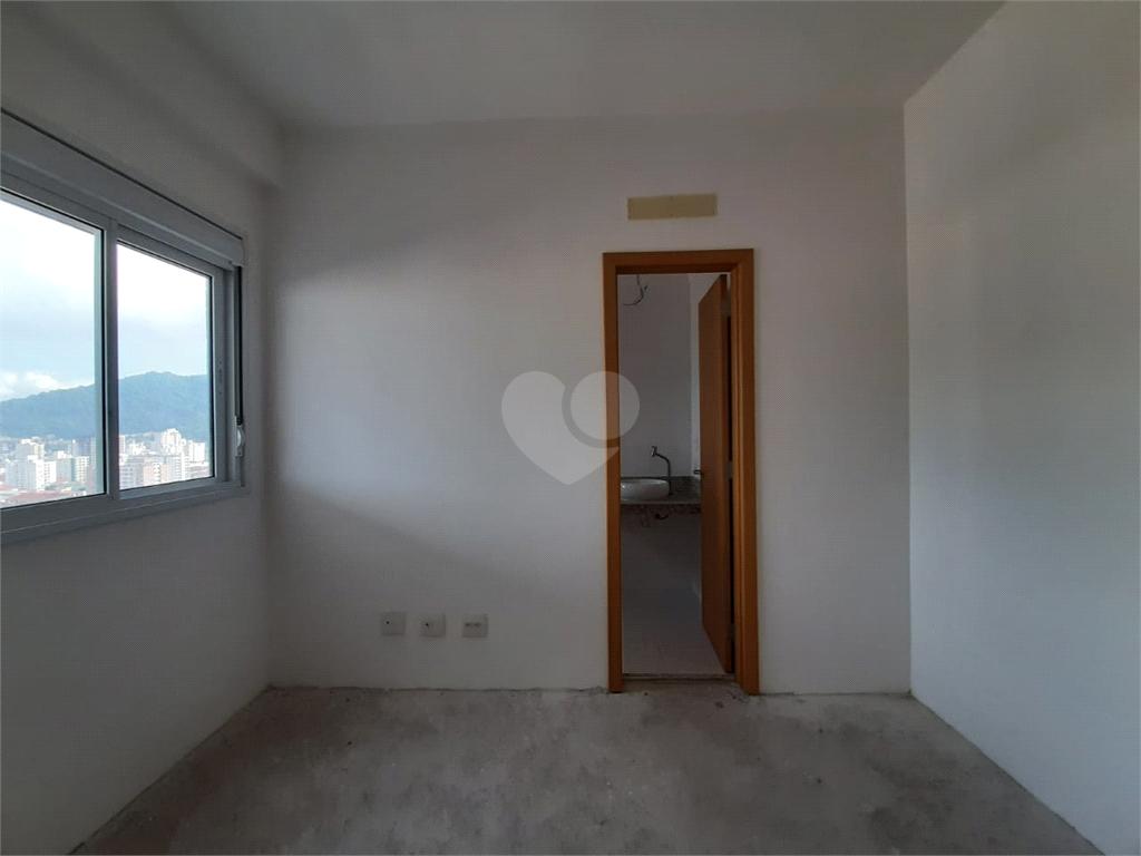 Venda Apartamento Santos Campo Grande REO566945 31