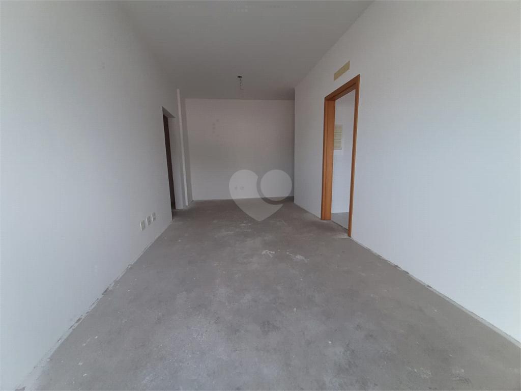 Venda Apartamento Santos Campo Grande REO566945 18