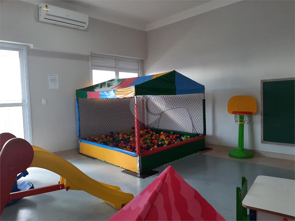 Venda Apartamento Santos Campo Grande REO566945 9