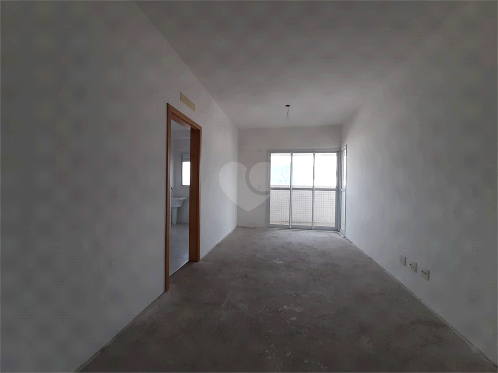 Venda Apartamento Santos Campo Grande REO566945 22