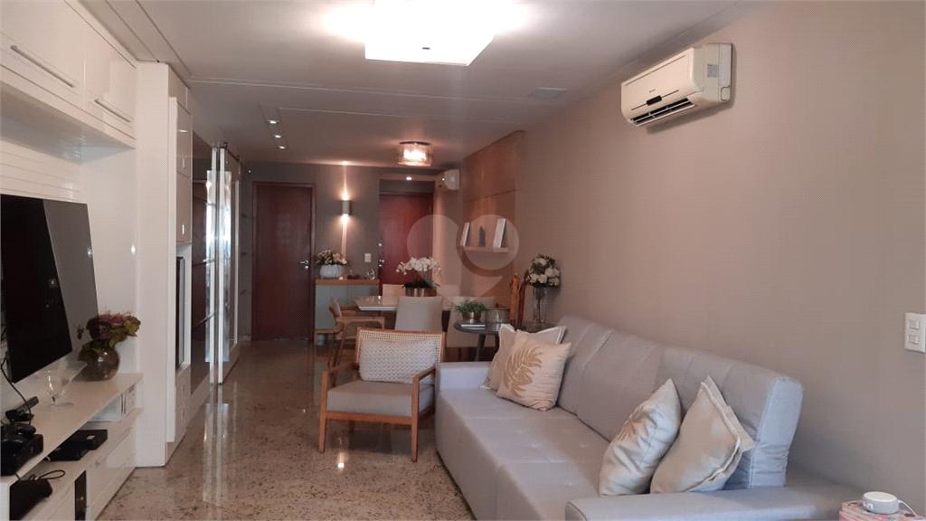 Venda Apartamento Vitória Praia Do Canto REO568947 8