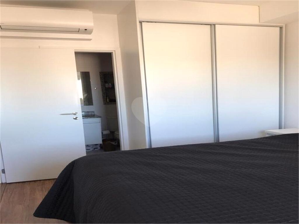 Venda Apartamento Santos Campo Grande REO570954 18