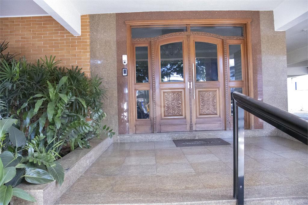 Venda Apartamento Santos Gonzaga REO571033 17