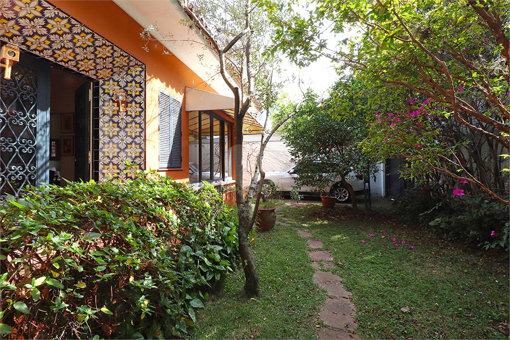 Venda Casa São Paulo Jardim América REO571851 24