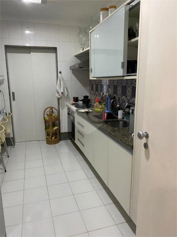 Venda Apartamento Salvador Itaigara REO573135 18