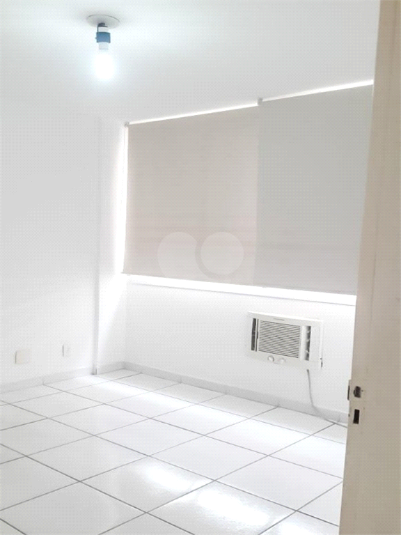 Venda Loft Santos Boqueirão REO573185 10