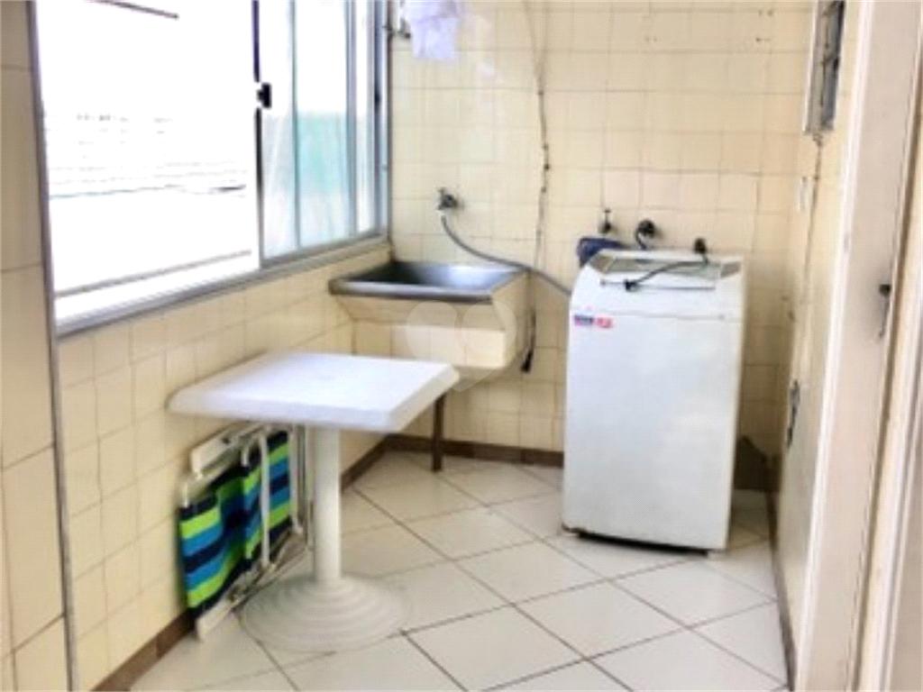 Venda Casa Santos Embaré REO576254 8