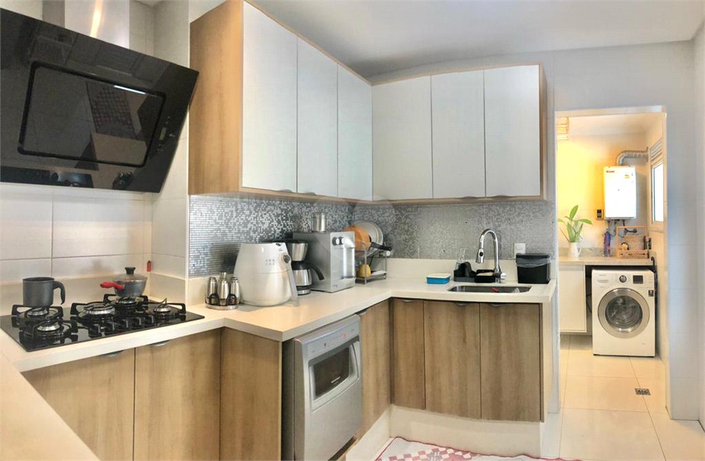 Venda Apartamento São Vicente Centro REO576859 9