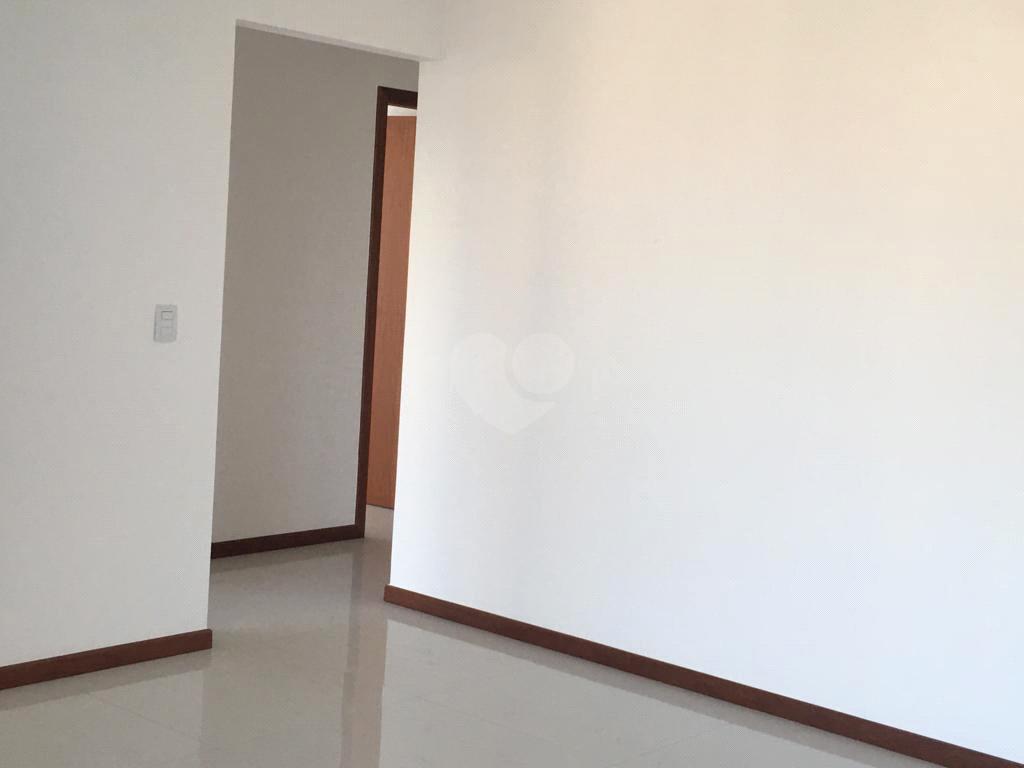 Venda Apartamento Vitória Bento Ferreira REO578200 25