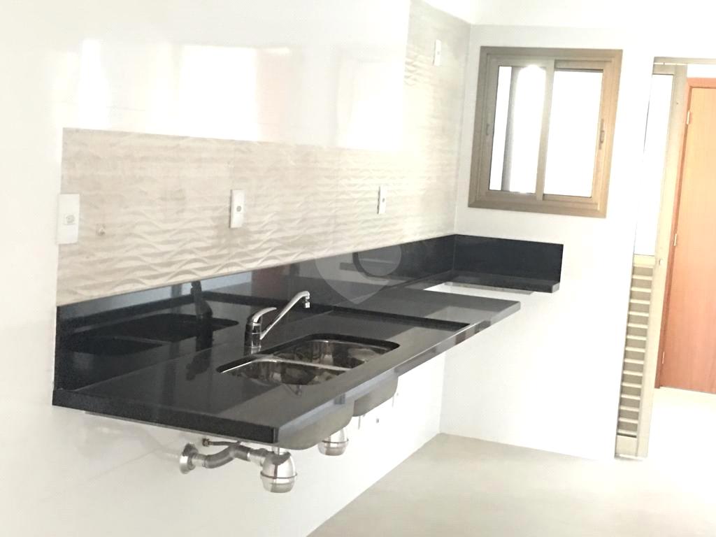 Venda Apartamento Vitória Bento Ferreira REO578208 29