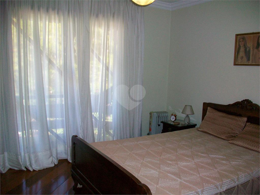 Venda Casa Curitiba Santa Felicidade REO585699 32