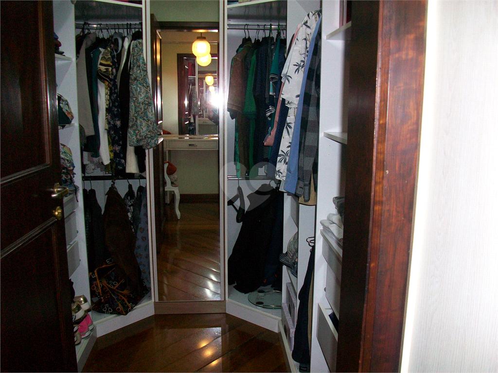 Venda Casa Curitiba Santa Felicidade REO585699 21