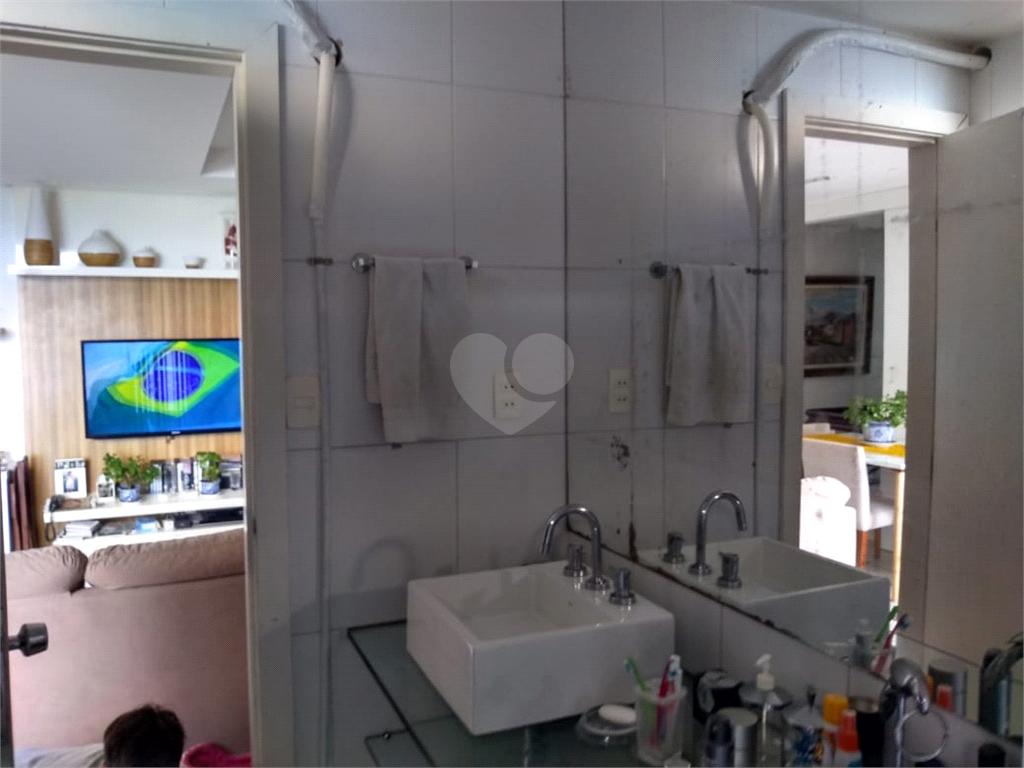 Venda Apartamento Salvador Barra REO592367 17
