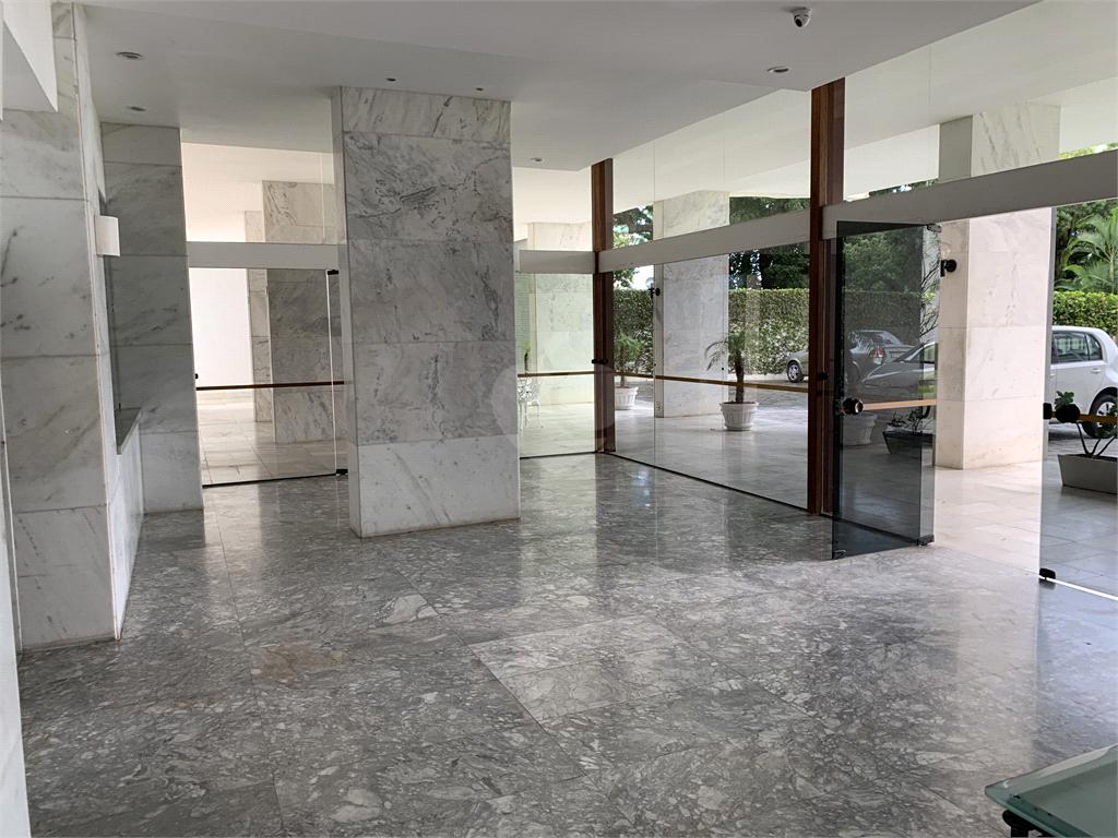 Venda Apartamento Salvador Barra REO595392 51