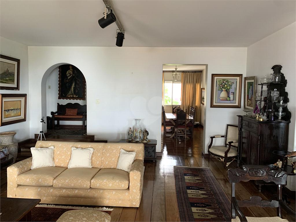 Venda Apartamento Salvador Barra REO595392 19