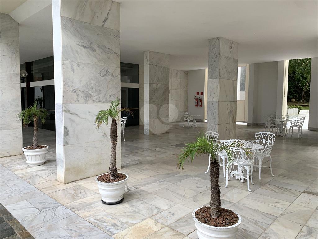Venda Apartamento Salvador Barra REO595392 50