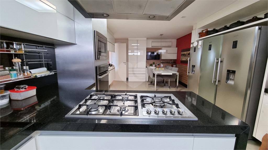 Venda Apartamento Vitória Barro Vermelho REO608080 44