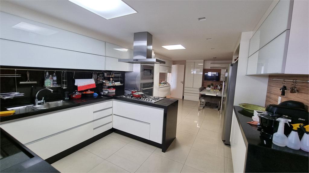 Venda Apartamento Vitória Barro Vermelho REO608080 43