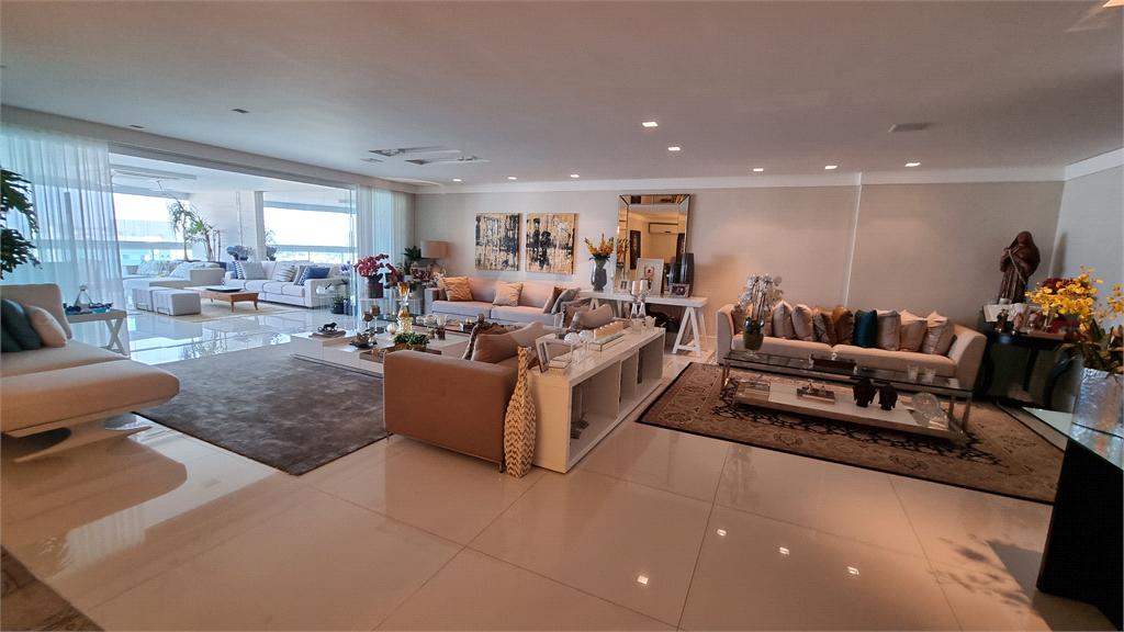 Venda Apartamento Vitória Barro Vermelho REO608080 17
