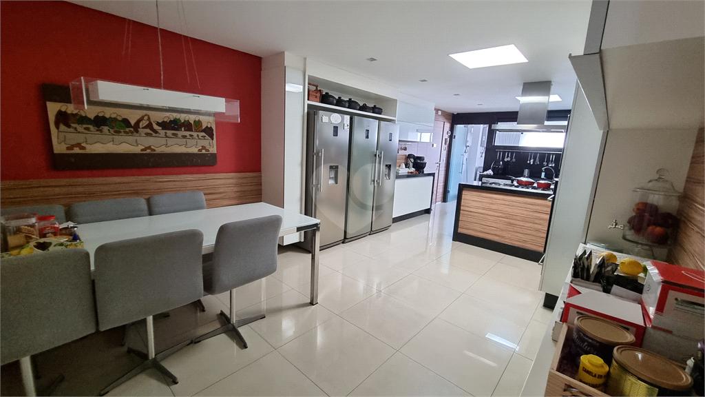 Venda Apartamento Vitória Barro Vermelho REO608080 41
