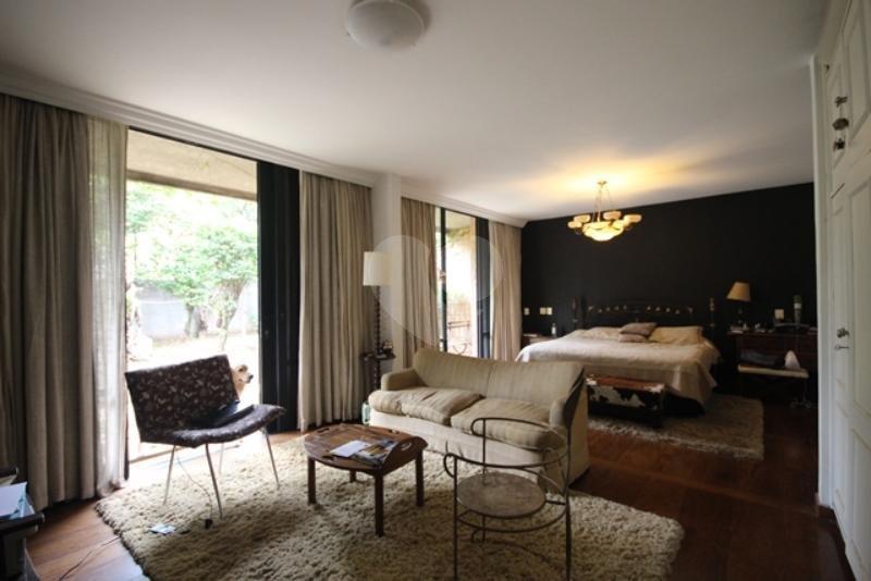 Venda Casa térrea São Paulo Pacaembu REO85230 16