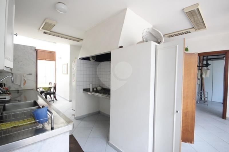 Venda Casa térrea São Paulo Pacaembu REO85230 53