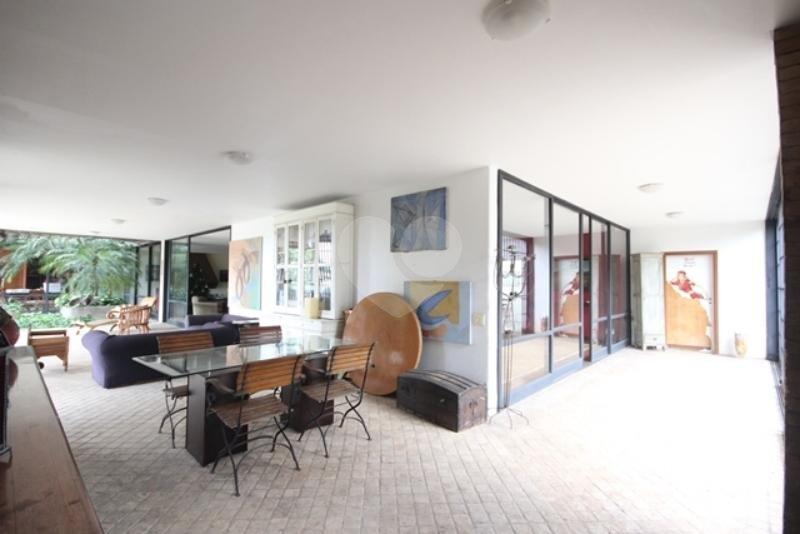 Venda Casa térrea São Paulo Pacaembu REO85230 32
