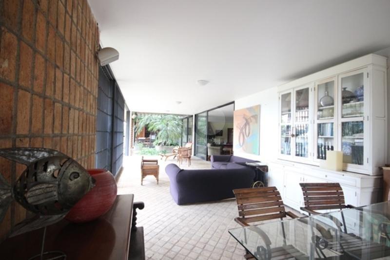 Venda Casa térrea São Paulo Pacaembu REO85230 25