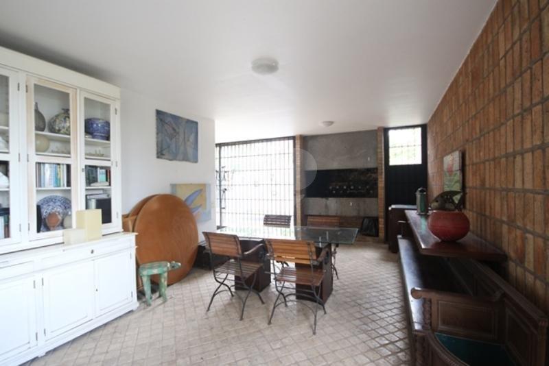 Venda Casa térrea São Paulo Pacaembu REO85230 19