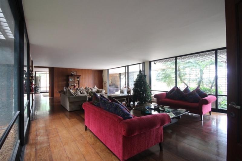 Venda Casa térrea São Paulo Pacaembu REO85230 9