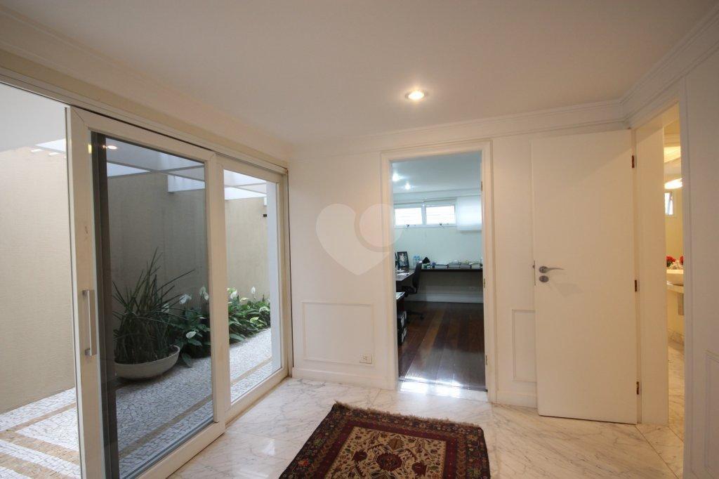 Venda Casa São Paulo Pacaembu REO99865 40
