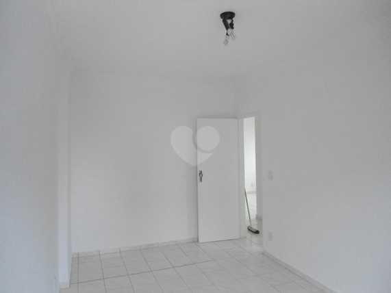Venda Apartamento Santos Aparecida REO 17