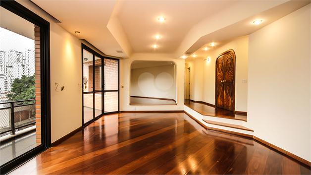 Venda Apartamento São Paulo Pacaembu REO 19